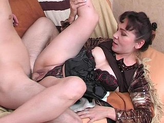 Randy mother i'd like to fuck massaging a guy from back to hard wang using her mouth and hands