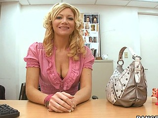 Christina Skye is one hawt mother i'd feel favourably impressed by to fuck! Golden-Haired, tall and sexy. That Babe prefers to be fucked by somebody that's packing some girth and can't live out of to be fucked for hours. Luckily..