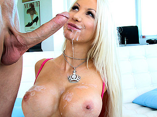 Holly Assessment is a blond headed sexy maw i'd take pleasure in to fuck with a banging body. It's a fucking pleasure having her for this day's Jocular mater I'd Like To Fuck Soup update. This maw i'd take pleasure in to fuck has a..