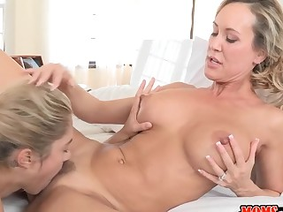 Hunk gets to bang a sexy aged and an alluring sweetheart